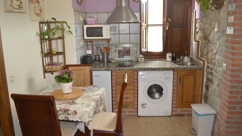 Cocina Apartamento Rural El Rincón del Oteru II