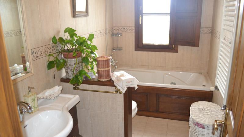 Baño Principal Apartamento El Rincón del Oteru I